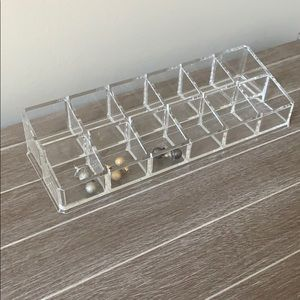 Stud earrings and jewelry organizer